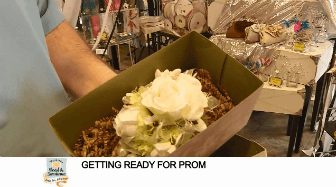 button to youtube video on flowers for prom